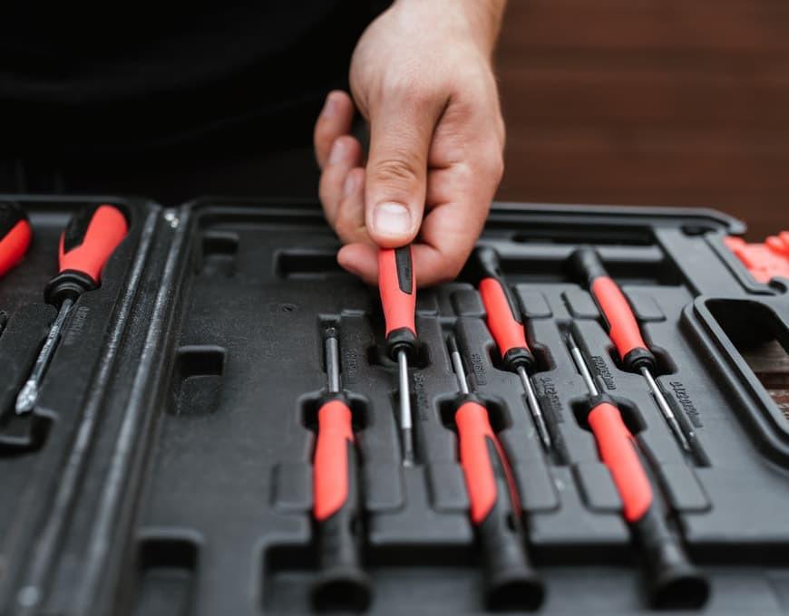 Quels outils et outillages pour le modélisme ?